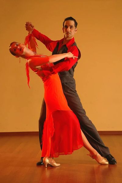 댄스스포츠는 종목이 10가지나 된다. 그런데 입문한 반에서 하는 춤이 자기랑 안 맞으면 이내 흥미를 잃는다. [사진 pikist]