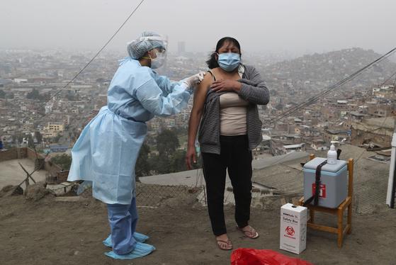 페루의 독감 예방 접종 [AP=연합뉴스]