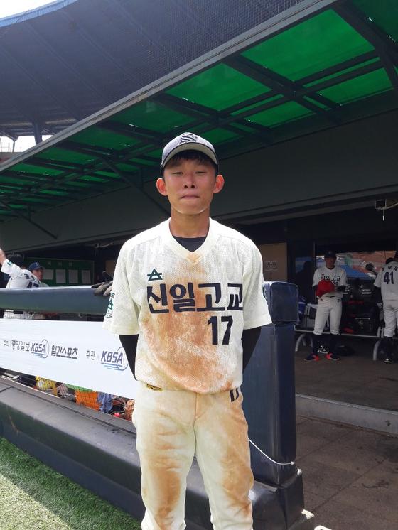 18일 동산고와 16강전에서 결승득점을 올린 신일고 오창현. 김효경 기자
