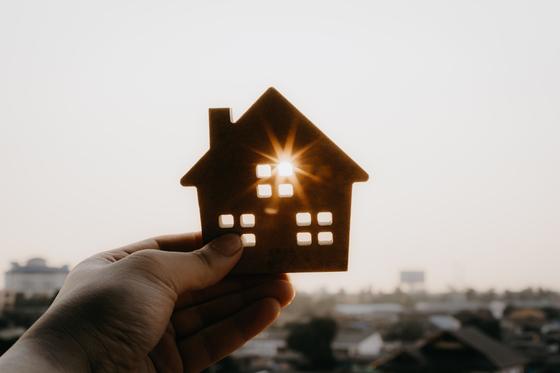 최근 지방에서 외지인이 해당 지역 주택을 매입하는 이른바 '원정거래'가 늘고 있다. 셔터스톡