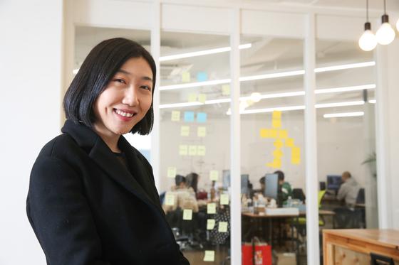의류 공유 서비스 '옷장 공유'를 만든 성 주희 대표.  우상 조 기자