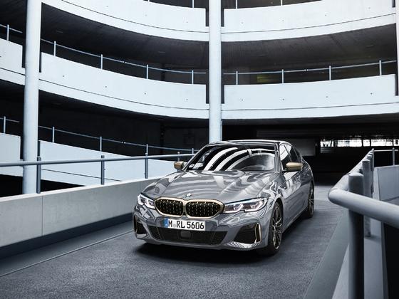 BMW의 스포츠 세단 M340i 도닝턴 그레이 에디션. 사진 BMW코리아