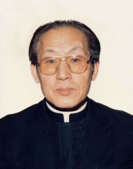 천주교서울대교구 최고령 사제이자 '우표 수집가'로 이름을 알렸던 최익철 베네딕토 신부가 22일 선종했다. 향년 97세. 연합뉴스