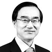 윤영선 법무법인 광장 고문·전 관세청장