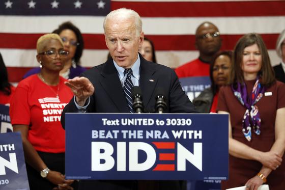 지난 3월 10일 조 바이든 미국 민주당 대통령 후보가 오하이오주 컬럼버스에서 열린 유세에서 연설하고 있다. [AP=연합뉴스]