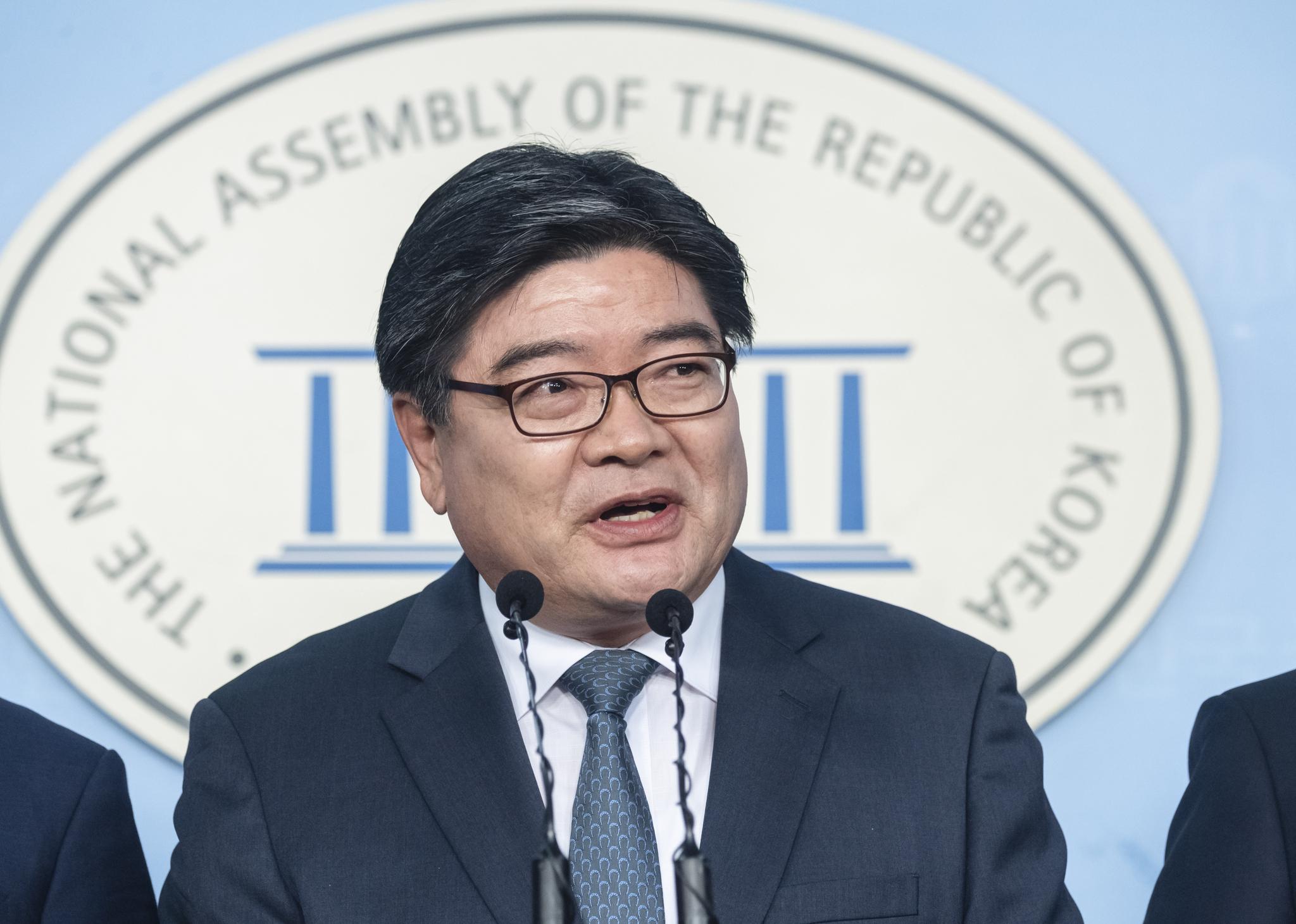 8월 31일 국민연금공단 이사장에 임명된 김용진 전 기획재정부 제2차관. 중앙포토