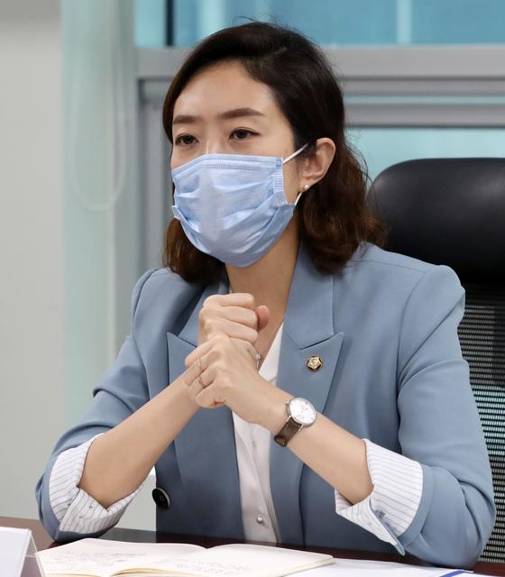 고민정 더불어민주당 의원. 뉴스1