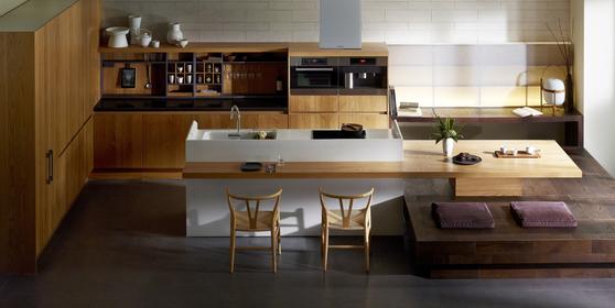 단순 조리 공간이 아니라 먹는 행위가 일어나는 공간이자 가족들의 '쉼'의 공간으로 재탄생한 주방. 사진 한샘