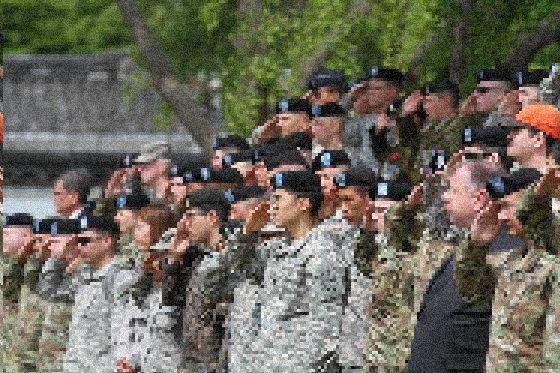 2017년 6월 25일 서울 용산 미군 기지에서 열린 행사에 참여한 미군과 카투사 병사. 사진은 기사 내용과 무관. [사진 주한미군]