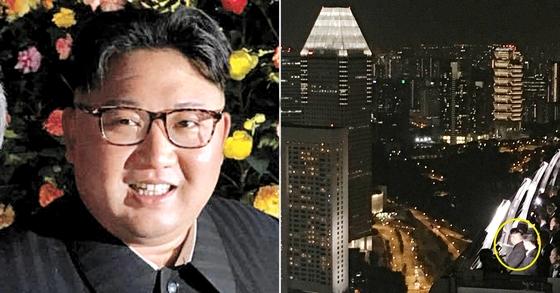 2018년 6월 11일 밤 싱가포르 깜짝 투어 당시 싱가포르 가든스 바이 더 베이에서 사진 찍은 김정은 북한 국무위원장(왼쪽)과 싱가포르 마리나 베이 샌즈 스카이파크에서 야경을 보는 모습(오른쪽). [연합뉴스]