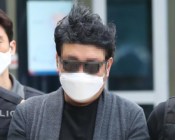 강북구 아파트 경비원 고(故) 최희석씨를 폭행한 혐의를 받는 주민 심모씨. 연합뉴스