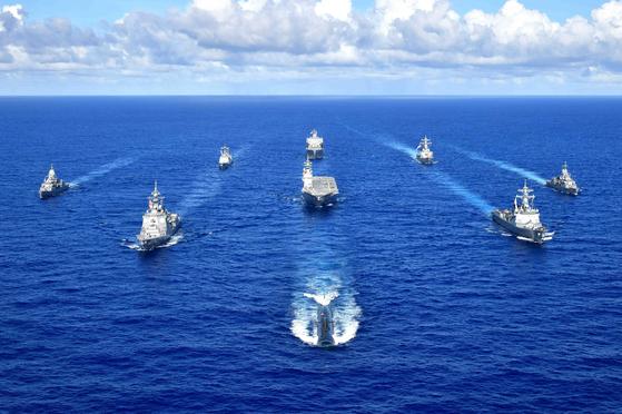 12일(현지시간)부터 양일간 한국 해군, 미국 해군, 일본 해상자위대, 호주 해군의 함정과 잠수함들이 '퍼시픽 뱅가드(Pacific Vanguard 2020)' 훈련을 한다고 미 제7함대가 11일 발표했다. [사진 미 제7함대]