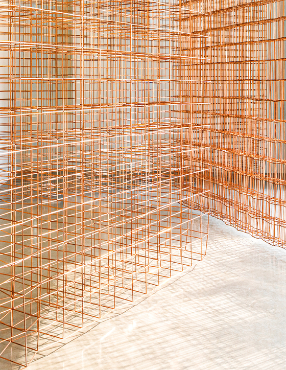 Jinnie Seo Perchance, Copper Glance Interval Detour, Contour 2020 copper square pipe, stainless steel wire. 사진 촬영 장미.[바톤갤러리]