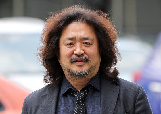 이용수 할머니 회견에 냄새난다던 김어준…경찰, 무혐의 판단