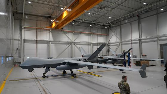 미국 트럼프 행정부가 대만에 곧 판매 승인을 할 것이라고 알려진 MQ-9 리퍼 무인공격기(드론). 지난 7월 에스토니아 미 공군기지에서 찍은 사진. [로이터=연합뉴스]
