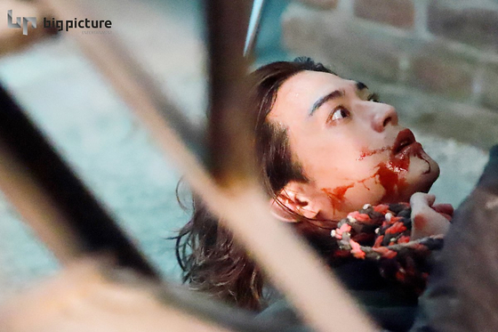 아직도 주말극 황태자로 보이니? '악의 꽃'으로 깨어난 김지훈