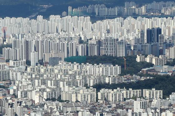 18일 서울 시내 아파트 단지 모습. 뉴스1