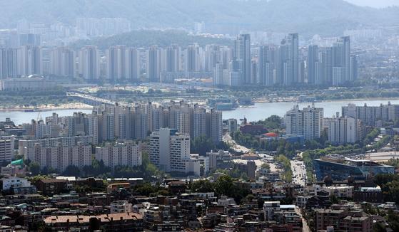 세금폭탄전 증여막차 탔다…강남 아파트 거래 절반이 증여