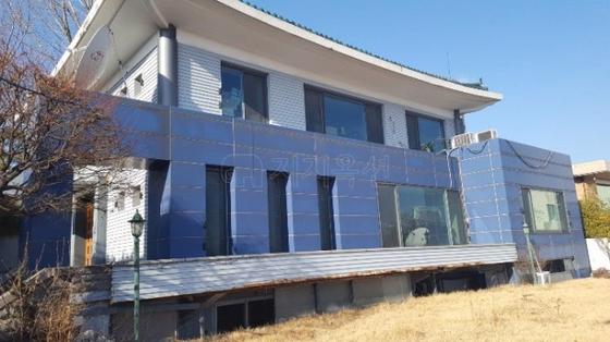 감정가 156억원으로 역대 두번째 높은 수준인 서울 용산구 한남동 단독주택. [사진 지지옥션]
