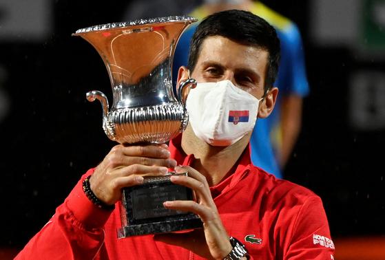 22일 이탈리아 인터내셔널 대회에서 우승한 조코비치. [로이터=연합뉴스]