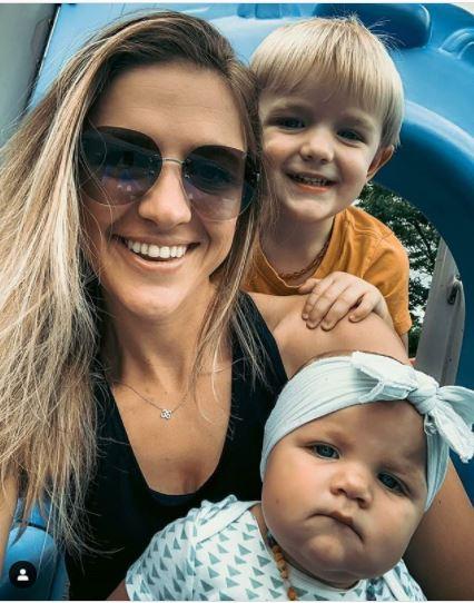 브룩스의 아내와 두 자녀. [브룩스 SNS]