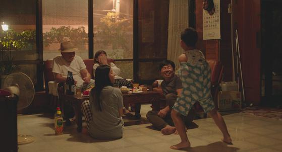 Section4-2 윤단비 감독 '남매의여름밤'