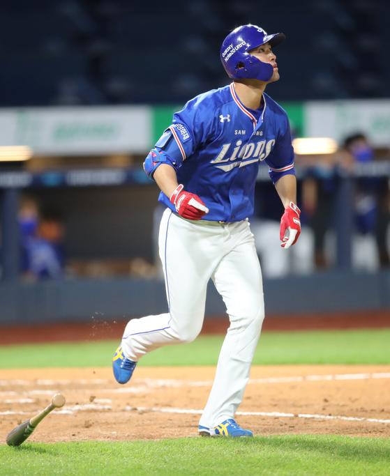 25일 잠실 두산전에서 데뷔 첫 홈런을 때려낸 삼성 강한울. 삼성 제공