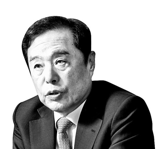 김병준 전 자유한국당 비대위원장이 20일 사옥에서 중앙일보와 인터뷰하고 있다. 우상조 기자
