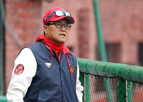 원년 삼미 슈퍼스타즈의 개막전 3번 타자를 시작으로 한 팀의 역사를 함께한 김무관 전 SK 타격 코치. SK 제공