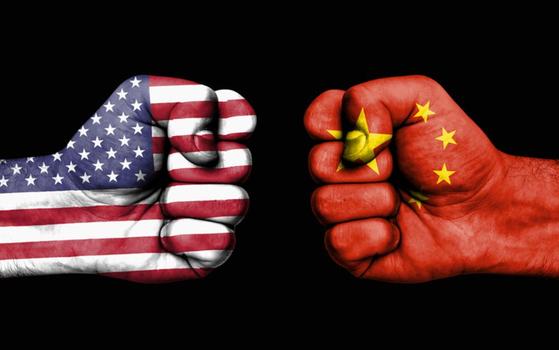 미중 간에 갈등이 깊어지는 가운데, 미국 외교관이 홍콩 관리를 만나기 전에도 중국 승인을 얻어야 할 것이라는 보도가 나왔다. [중앙포토]