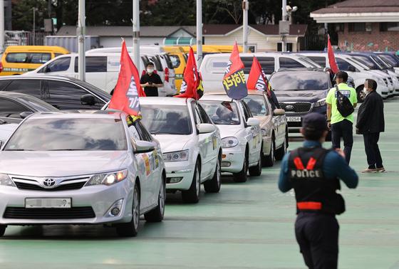 참여연대도 정부, 개천절 車집회 봉쇄는 과잉대응