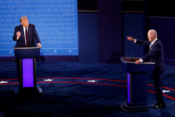 29일(현지시간) 미국 오하이오주 클리블랜드에서 미 대선 대통령 후보 첫번째 TV토론이 열렸다. [로이터=연합뉴스]