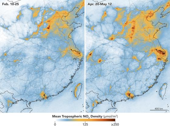 중국 우한 지역의 2월(왼쪽)과 4-5월(오른쪽)의 이산화질소(미세먼지 전구물질) 농도를 지도에 나타낸 그래픽. 강한 봉쇄 상태였던 2월에 비해 산업활동이 다소 회복된 5월 이산화질소 농도가 여러 곳에서 훨씬 더 높았다. 푸른색으로 표시된 지역은 2월보다 5월에 농도가 낮아진 곳이고, 주황색 계열로 표시된 지역은 2월보다 5월 농도가 높아진 곳이다. 주황색이 짙을수록 이산화질소 농도 상승 폭이 크다. NASA Earth Observatory