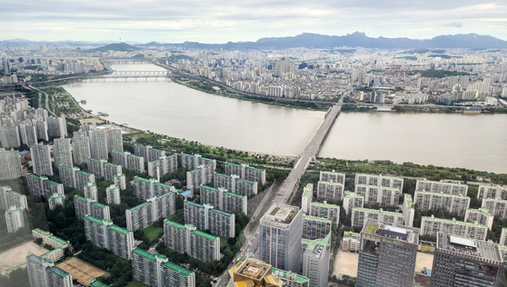 [단독]30평대 10억…6년전 가격으로 뜬 강남 상한제 아파트