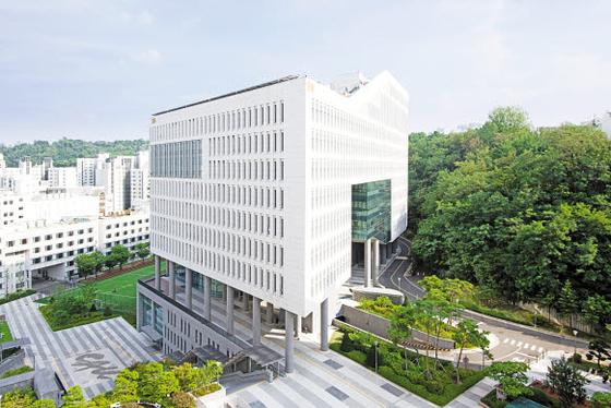 중앙대 MBA의 강의실 및 학생공간은 신축 건물인 경영경제관에 있으며 독립된 공간으로 MBA 학생만의 공간을 섹션화해 운영하고 있다. [사진 중앙대]