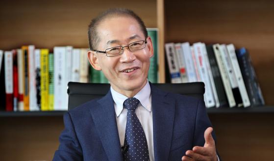 이회성유엔 기후변화 정부 간 협의체(IPCC) 의장. 중앙포토