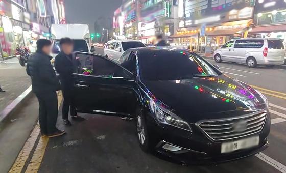 렌터카로 택시처럼 운송업을 하는 이른바 '콜뛰기' 영업으로 적발된 차량 [사진 경기도]
