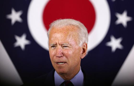 """조 바이든 미국 민주당 대선 후보는 지난 12일(현지시간) 오하이오 털리도에서 열린 유세에서 '민주당원으로서 상원의원에 출마하는 게 자랑스럽다""""고 말실수를 했다. [연합뉴스]"""