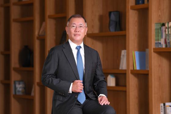 정의선 현대자동차그룹 수석부회장이 14일 임시이사회에서 회장으로 선임됐다. 이로써 53년 역사의 현대차그룹은 3세 경영 시대를 맞게 됐다. 사진 현대자동차그룹