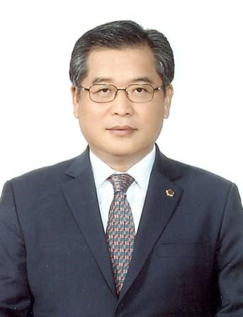 이해동 전 부산시의회의장. 사진 부산시의회