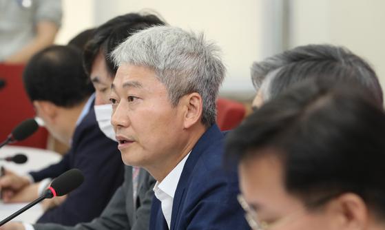 국민의힘 서울 송파병 당협위원장인 김근식 경남대 교수. 연합뉴스