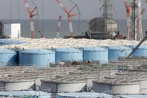 후쿠시마 원전 부지의 오염수 탱크 [EPA=연합뉴스]