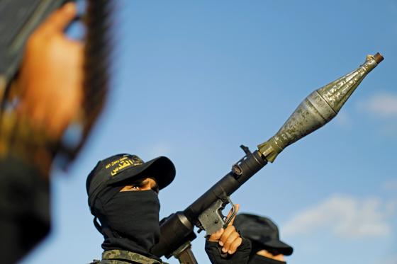 유튜브 보며 이슬람 무장단체 지지, 72만원 보낸 불법체류자 징역 1년 선고