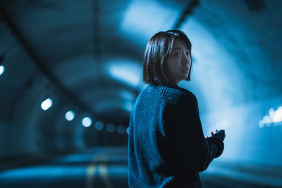 오는 11 월 27 일 넷플릭스를 통해 세계 독점 공개가 확정 된 박신혜 주연의 미스터리 스릴러 '콜