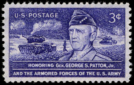 '전차군단'으로 유명한 조지 패튼 장군을 추모하기 위해 미국이 6.25 전쟁 기간인 1953년 발행한 기념우표. 패튼은 제2차 세계대전 중 불굴의 의지와 추진력, 그리고 해박한 전쟁사 지식을 바탕으로 하는 창의적인 작전으로 파시스트들의 간담을 서늘하게 했다. 패튼의 아들인 조지 패튼 4세도 전차중대장으로 6.25전쟁에 참전했다. 중국과 북한이 10월 25일 중공군의 첫 전투 70주년 행사를 열면서 중국 지도자 마오쩌둥의 아들 마오안잉이 당시 사망한 것을 내세우지만 6.25전쟁에 참전한 미국 장군의 자식은 모두 4명이나 된다. 사진=미국 우편박물관