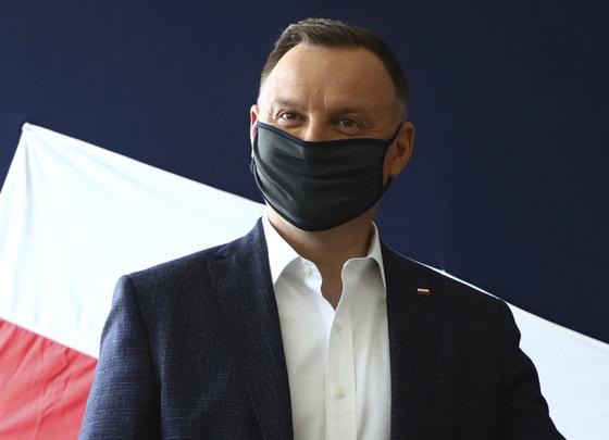 안제이 두다 폴란드 대통령(사진)이 23일 코로나19 확진 판정을 받았다. [AP=연합뉴스]