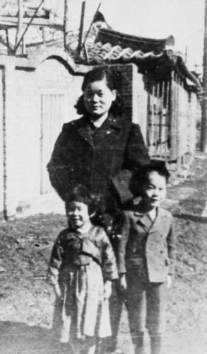 어린시절의 이건희(아래 우측). 사진 중앙포토
