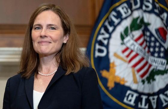 미 연방대법원 115번째 대법관으로 임명된 에이미 코니 배럿 판사. [AFP=연합뉴스]