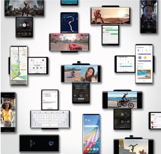 LG 윙은 평상시에는 일반 스마트폰처럼 사용하다가 필요할 때 메인 스크린을 시계 방향으로 돌려 숨어 있던 세컨드 스크린과 함께 사용할 수 있다. 외국의 유명 IT 매체들은 LG 윙은 바 타입 스마트폰의 편의성에, 기존과 완전히 다른 새로운 사용자 경험을 더한 제품이라고 평가한다. [사진 LG전자]