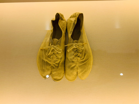 고(故)손기정 선수가 1936년 베를린 올림픽에서 세계 신기록을 달성할 당시 직접 신었던 신발. 허정원 기자.